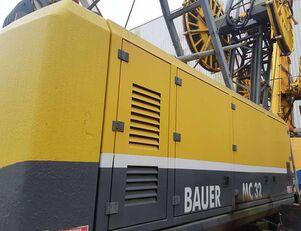 escavadora de cabos BAUER MC32