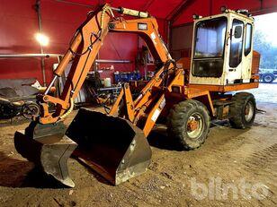escavadora de rodas SCHAEFF SMB2041