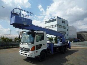 plataforma sobre camião HINO Ranger